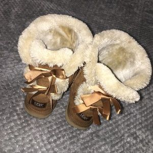 Bailey Bow Ugg Boots ❄️